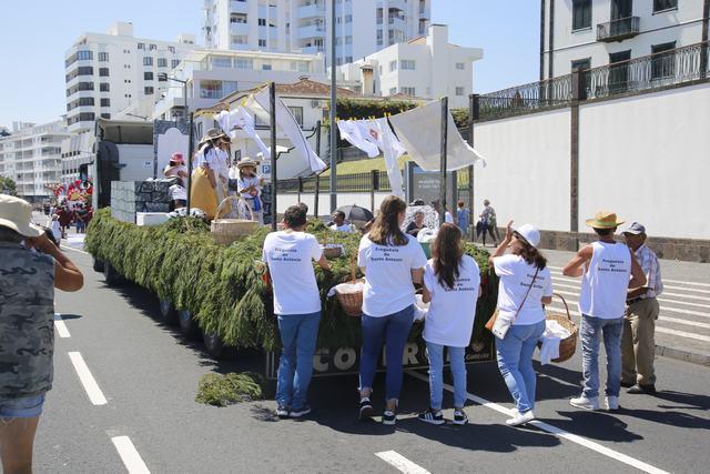 """Festas do Divino Espirito Santo"" - Waschfrauen von S. Antonio"