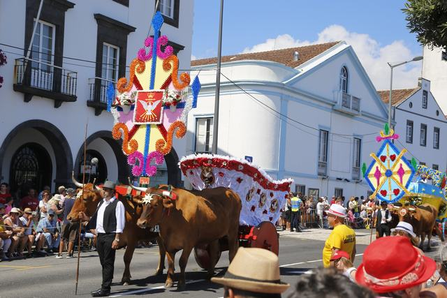 "Ponta Delgada - ""Festas do Divino Espirito Santo"""